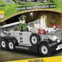 Polonia, arriva l'auto da parata del gerarca: il giocattolo nazista ritirato dopo le...