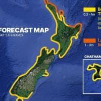 Nuova Zelanda, rientra l'allarme tsunami: migliaia di persone erano in fuga dopo una...