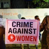 """India, decapita la figlia """"per onore"""" e con la testa va alla polizia"""