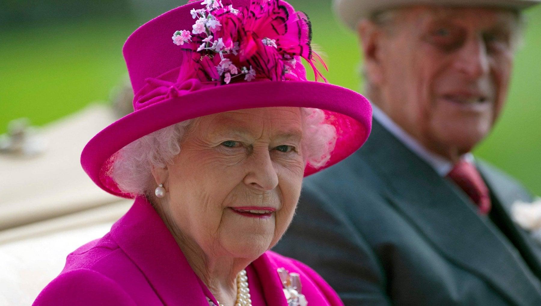 111035668 a7ff62b1 202a 4214 98b1 1238e5e806e9 - Rispondere o tacere, il dilemma della famiglia reale dopo l'intervista di Harry e Meghan