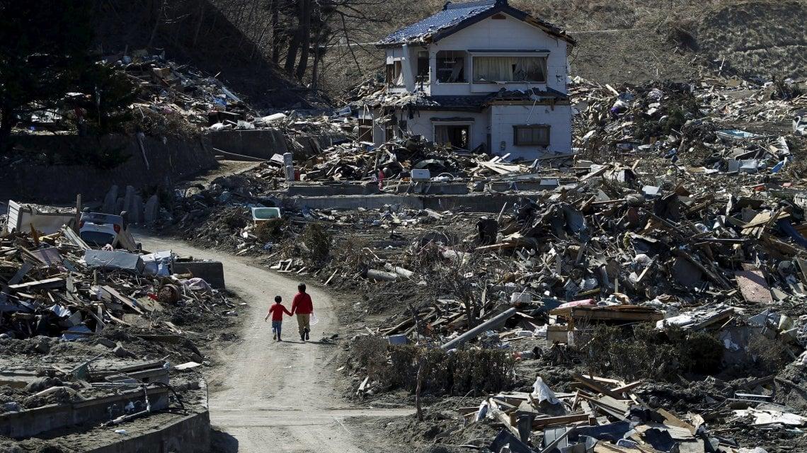 041553571 816c33ec 8a31 4d14 a819 41d017646dbc - Fukushima dieci anni dopo: il Giappone si ferma per ricordare la grande tragedia