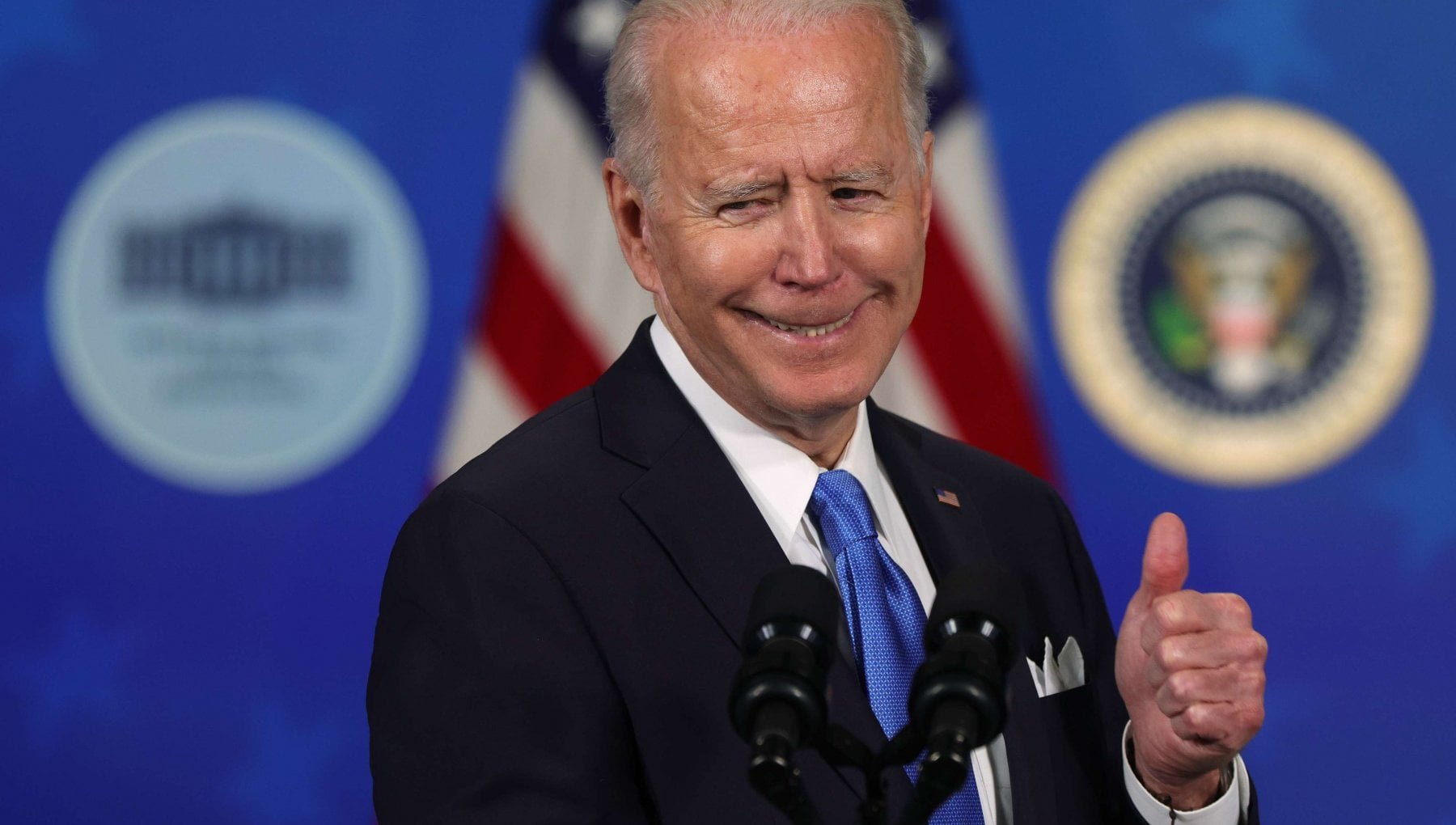 123605291 ee583a92 8103 45ca 8029 ce5da1df6c2f - Che cosa cambia con il mega pacchetto di aiuti di Biden: 1900 miliardi per far ripartire l'economia (non solo Usa)