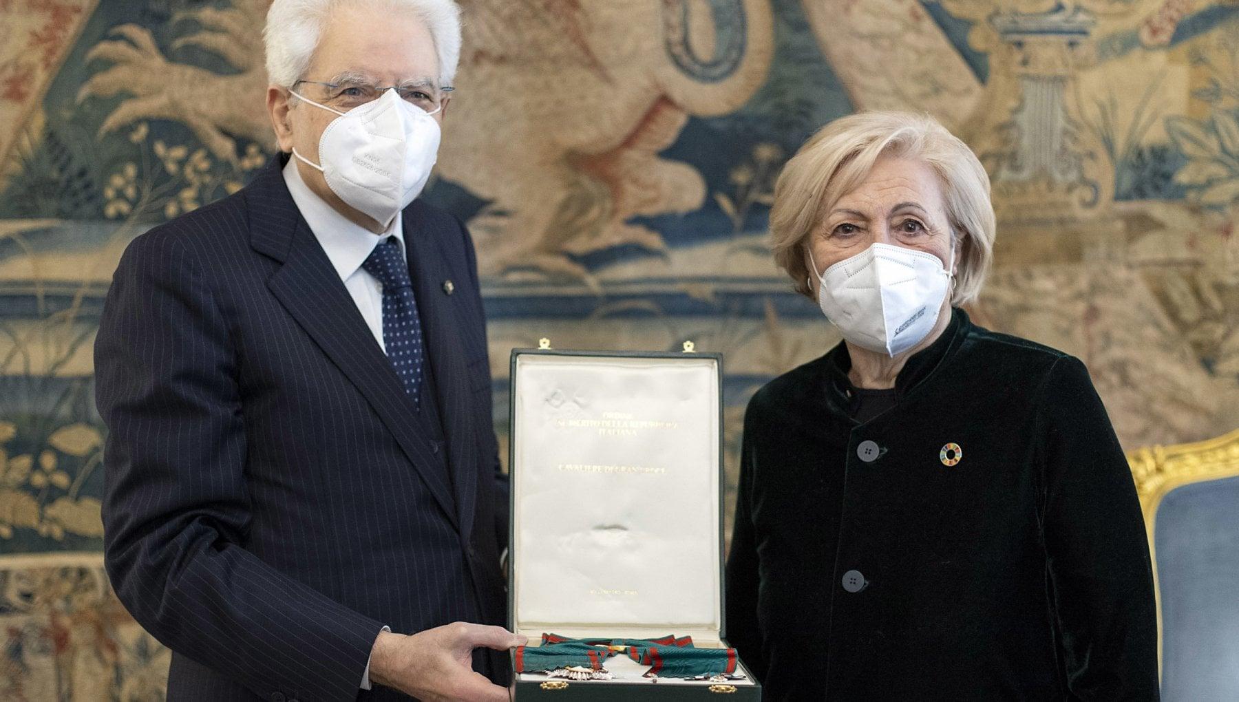 133258494 e7d2a2b0 ecd1 4b5f abb3 f01b1ecf1530 - Mattarella consegna a Rosa Oliva l'onorificenza di Cavaliere di Gran Croce