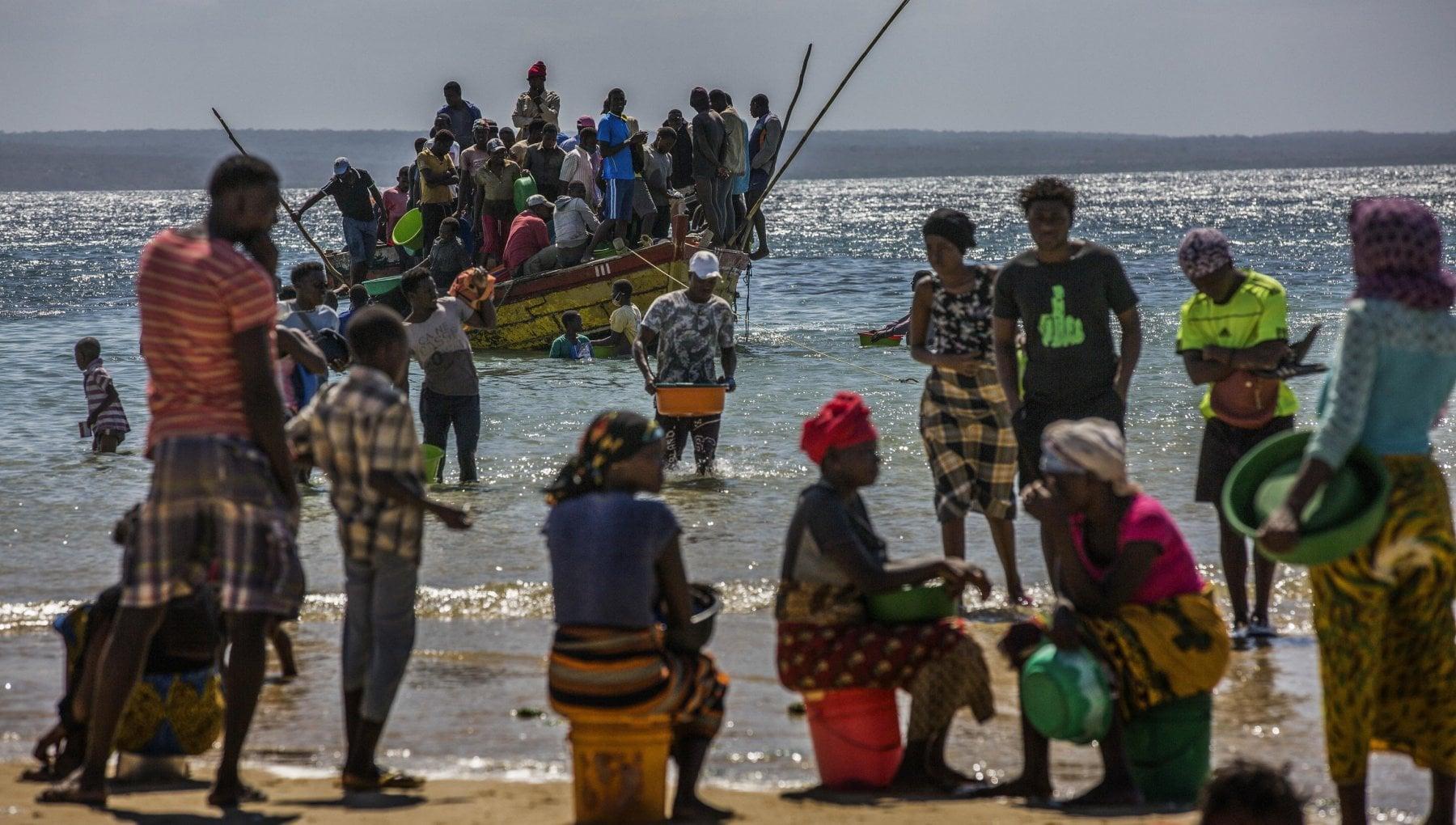 """091152285 185090c1 949d 46ba b765 aa042c23dddd - Mozambico, la denuncia di Save the Children: """"Bambini decapitati dai ribelli"""""""