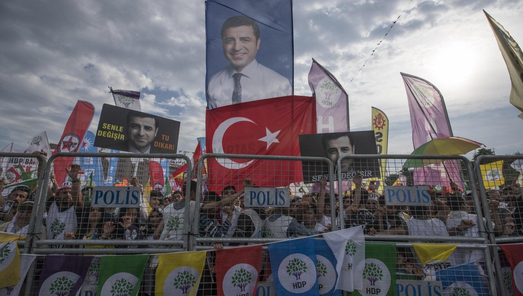 """021911747 98c3aebb c85e 414b 9ced 9ee44f71e7a2 - Usa: """"Ankara rispetti la libertà di espressione"""""""