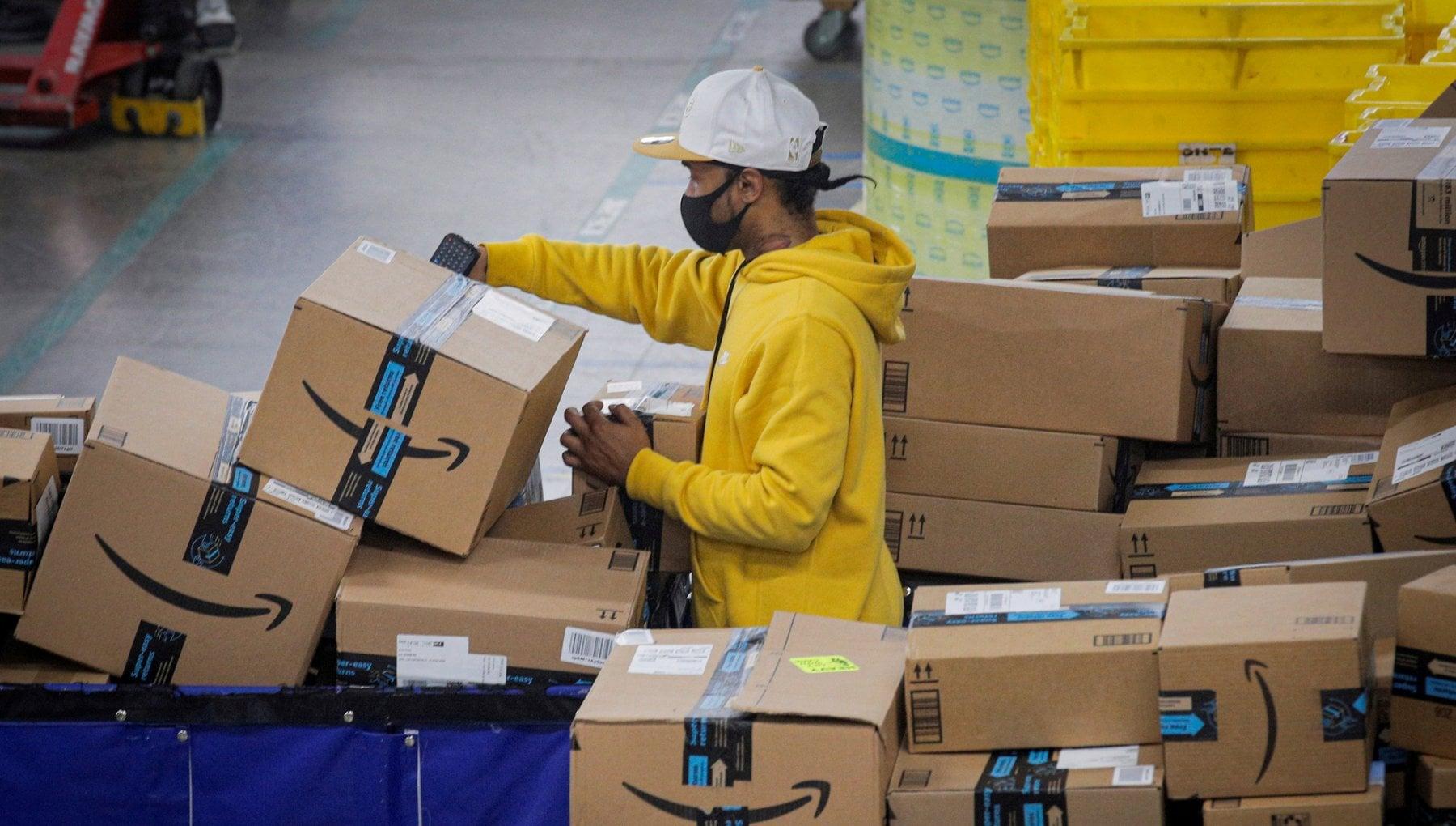 """232653796 4caa6fa3 cdff 4c5b b0e4 60606a808769 - Oggi lo sciopero Amazon, parlano i lavoratori: """"Ecco perché vi chiediamo di non comprare per 24 ore"""""""