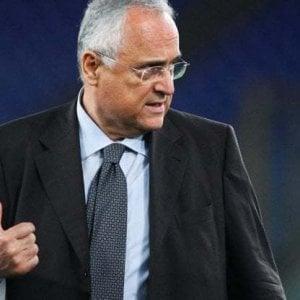 Lazio, caso tamponi: 150 mila euro di multa al club, 7 mesi di inibizione a Lotito