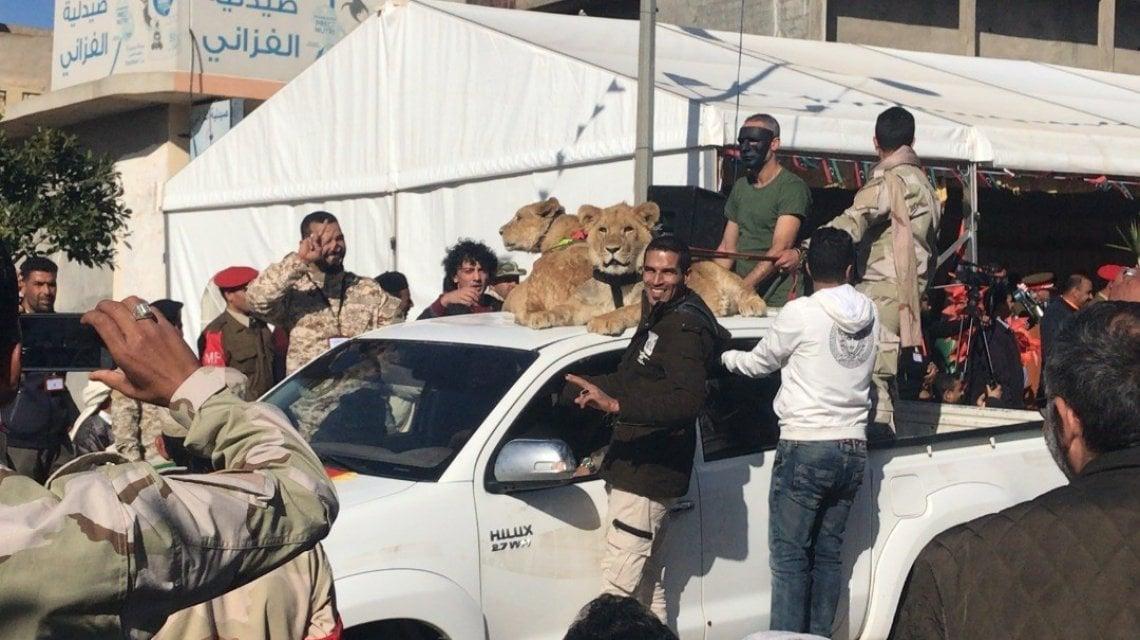 004936612 21b8bb8f afcc 49cf 926b 1219a4b5eadd - Libia, nell'inferno di Tarhuna 7 fratelli hanno seminato l'orrore: funerale collettivo per le 183 vittime nelle fosse comuni