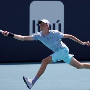 Tennis, Musetti parte forte a Cagliari: travolto Novak. Camila Giorgi positiva al Covid