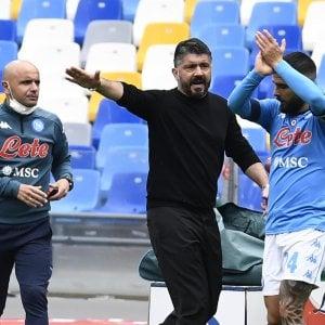 Napoli, allarme Covid: positivo un fisioterapista, negativi i tamponi alla squadra