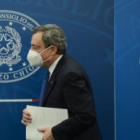 Erdogan e il sofa-gate: diplomazia al lavoro con la Turchia. Ma la linea di Draghi non...