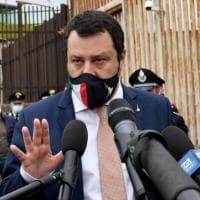 """Vaccini, Salvini attacca Zingaretti: """"Nel Lazio prima ai carcerati? Roba da matti"""". Il..."""