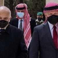 Re Abdallah appare in pubblico con il fratellastro Hamzah per la prima volta dopo la crisi