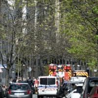Sparatoria a Parigi davanti all'ospedale Henry Dunant: un morto e un ferito