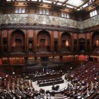 Cambi di casacca, in Parlamento uno ogni trenta ore: primo trimestre 2021 da record