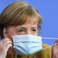 """La Germania rallenta ritmo vaccinazioni. Merkel impone un nuovo lockdown: """"La situazione è..."""
