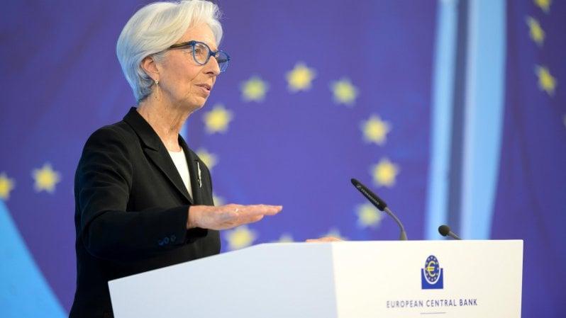 """La sferzata della Bce: """"Recovery fund sia subito operativo"""". La Ue lancia il piano di finanziamenti da 800 miliardi"""