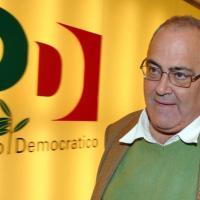 """Riecco Martelli, lo schiaffo a Bettini: """"Reggi il moccolo a Conte"""""""
