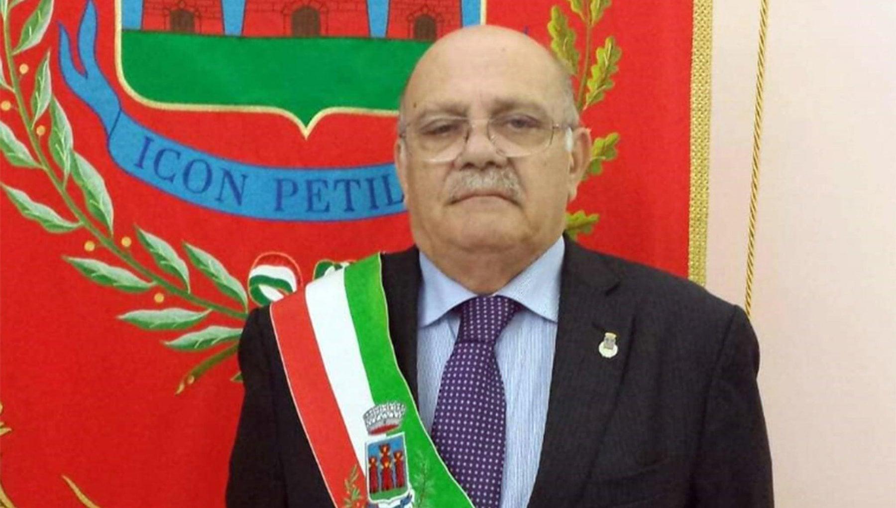 171830174 b0fd5799 76a0 4026 9b8b 6b45ddf2e9b8 - Calabria, sindaco di Petilia accusato di violenza sessuale e concussione