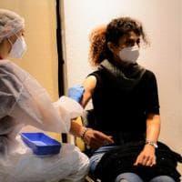 Coronavirus, il bollettino di oggi 19 aprile: 8.864 nuovi casi e 316 morti