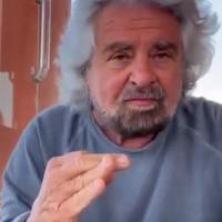 """Grillo e la difesa del figlio, Boschi: """"Le donne del M5S prendano le distanze"""". La..."""