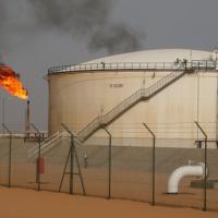 Libia, scontro con la Banca centrale, la Noc taglia l'export del petrolio