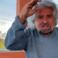 """""""Grillo condannato per la morte dei miei genitori, se vuole farsi arrestare vada in..."""
