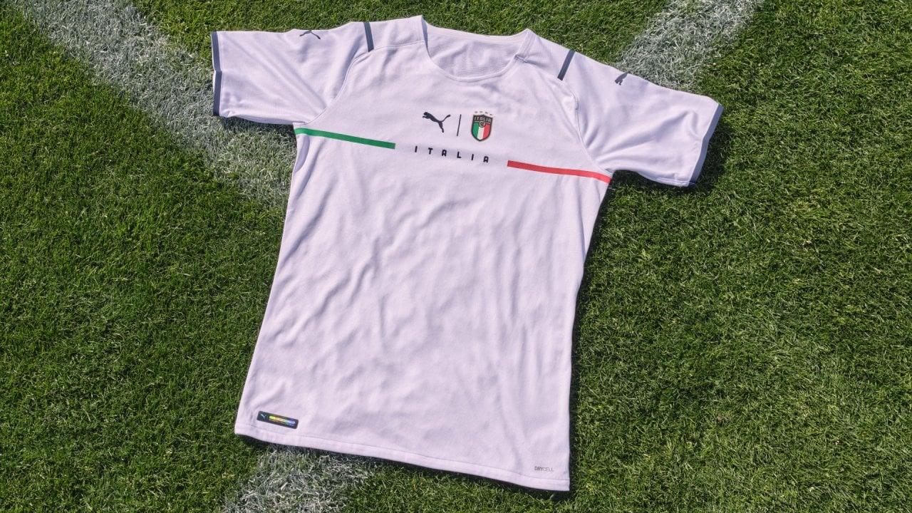 Nazionale, Puma presenta la nuova maglia Away dell'Italia - la ...
