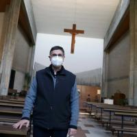 """A Padova la chiesa apre le porte alle vaccinazioni: """"La parrocchia vive vicino alle..."""