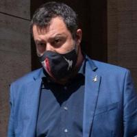 """Decreto riaperture, Salvini ancora all'attacco: """"Il coprifuoco alle 22 mette a rischio..."""