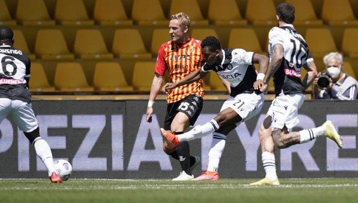 Benevento-Udinese 2-4: friulani quasi salvi, i campani ora rischiano grosso  - la Repubblica