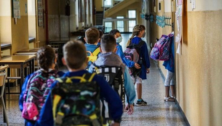 """Scuola divisa sulle lezioni estive, i presidi: """"Dateci più personale per gestire i..."""