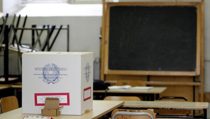 Scuola, arrivano le risorse per togliere i seggi elettorali dagli edifici scolastici