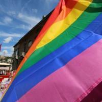 Omofobia, al Senato sarà discusso il ddl Zan. E il centrodestra presenta il suo disegno di...