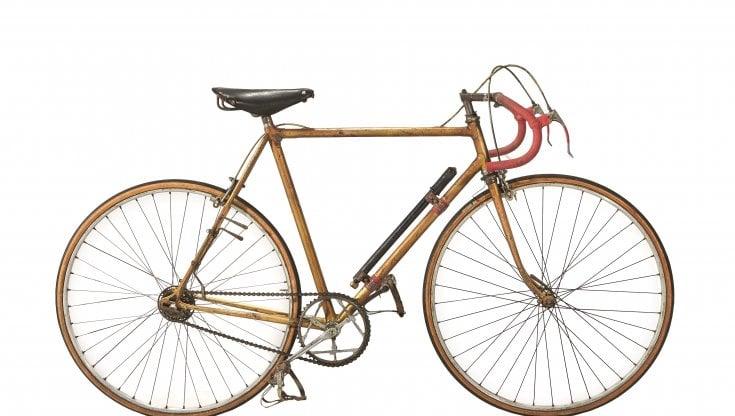 Ciclismo, Gli è tutto sbagliato, gli è tutto da rifare: la bici di Bartali resta invenduta allasta