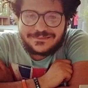 """180754173 acbb7ced 9482 4991 897b 213685b624f2 - Patrick Zaki """"patrimonio dell'umanità"""": la mostra sotto i portici a Bologna per il suo compleanno"""