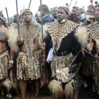 Sudafrica, faida familiare per il trono zulu: il principe Misizulu nominato re tra le...