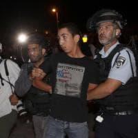 Gerusalemme, ancora scontri tra i palestinesi e la polizia israeliana: 100 feriti