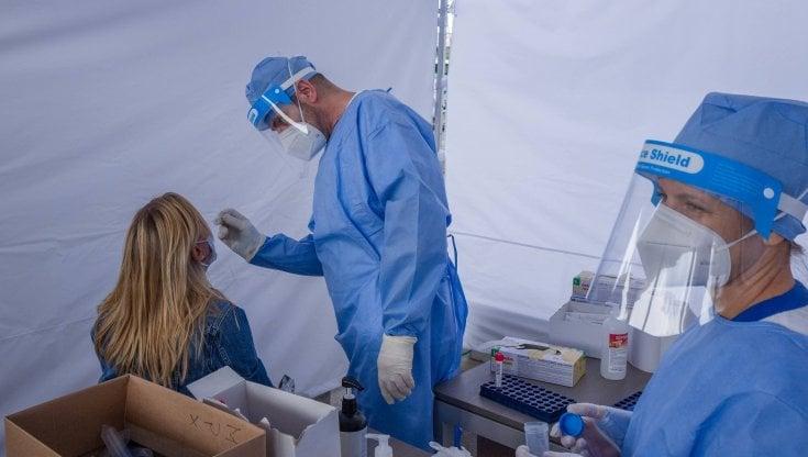 Coronavirus Italia, il bollettino di oggi 9 maggio: 8.292 i nuovi casi e 139 i decessi, è il numero più basso dal 25 ottobre