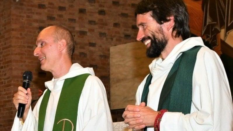 Città di Castello, il parroco e il suo vice lasciano la Chiesa per amore