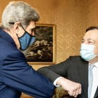 Italia-Usa, Draghi incontra Kerry: collaborazione per impegno su clima e decarbonizzazione