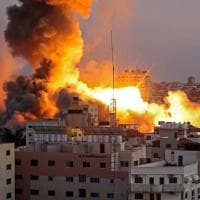Gaza, la giornalista palestinese Reema Saad uccisa dalle bombe. Era incinta