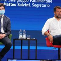 """Riaperture, Salvini all'attacco: """"Basta coprifuoco, dati confortanti"""". Speranza:..."""