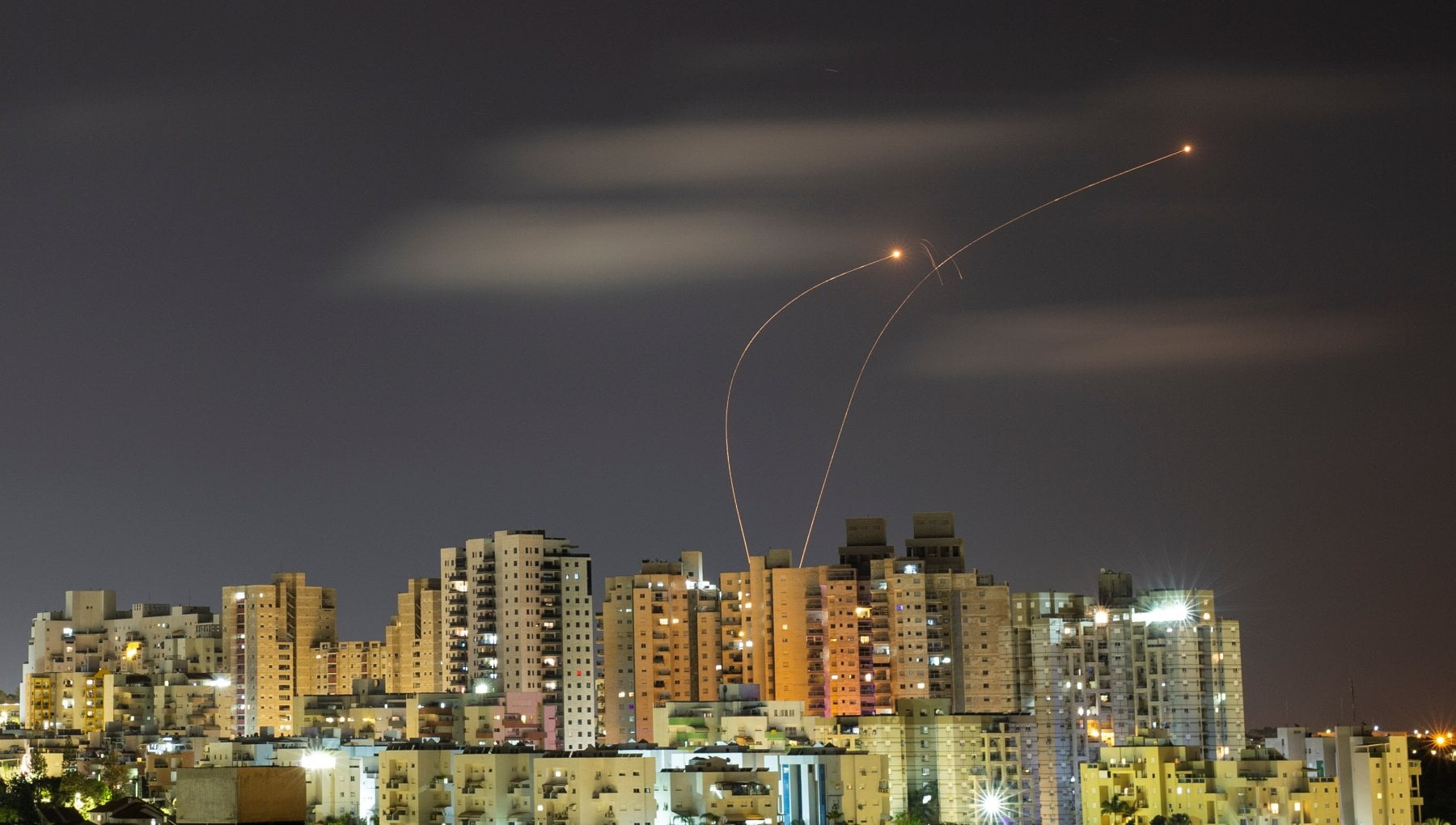 """005217150 cbf7d35e f99e 4416 8871 f3de0bbc6a35 - Medio Oriente, scatta la tregua. Netanyahu: """"Cambiate le regole del gioco"""". Scontri sulla spianata delle moschee"""
