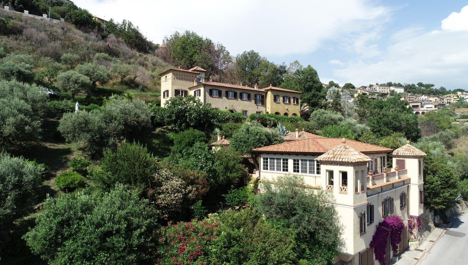 212845127 6edabfa8 e071 4bef 90cc 8280ad6417b8 - Domenica si aprono le porte di 300 dimore storiche in tutta Italia