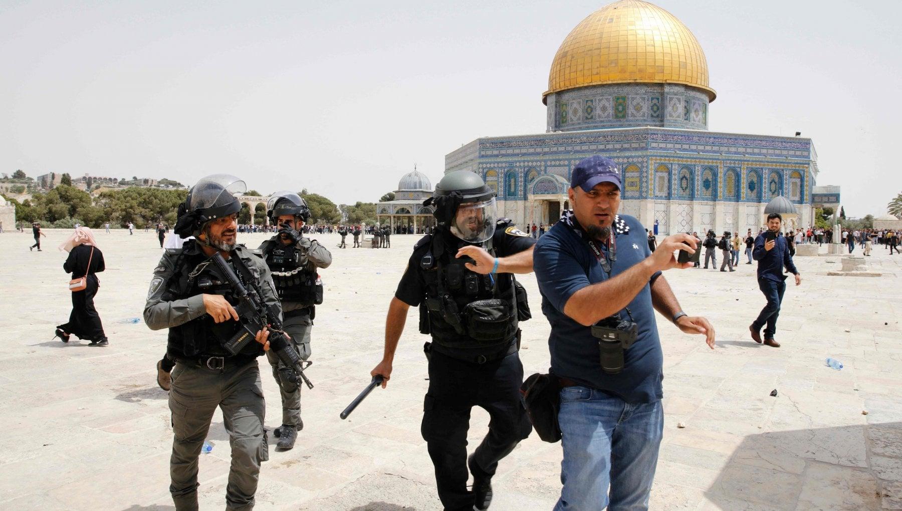 """214723559 3a7ca606 a88c 43b5 adf7 d11d9d3e7f03 - Cacciato il Muftì di Gerusalemme: """"Troppo vicino ad Abu Mazen"""""""