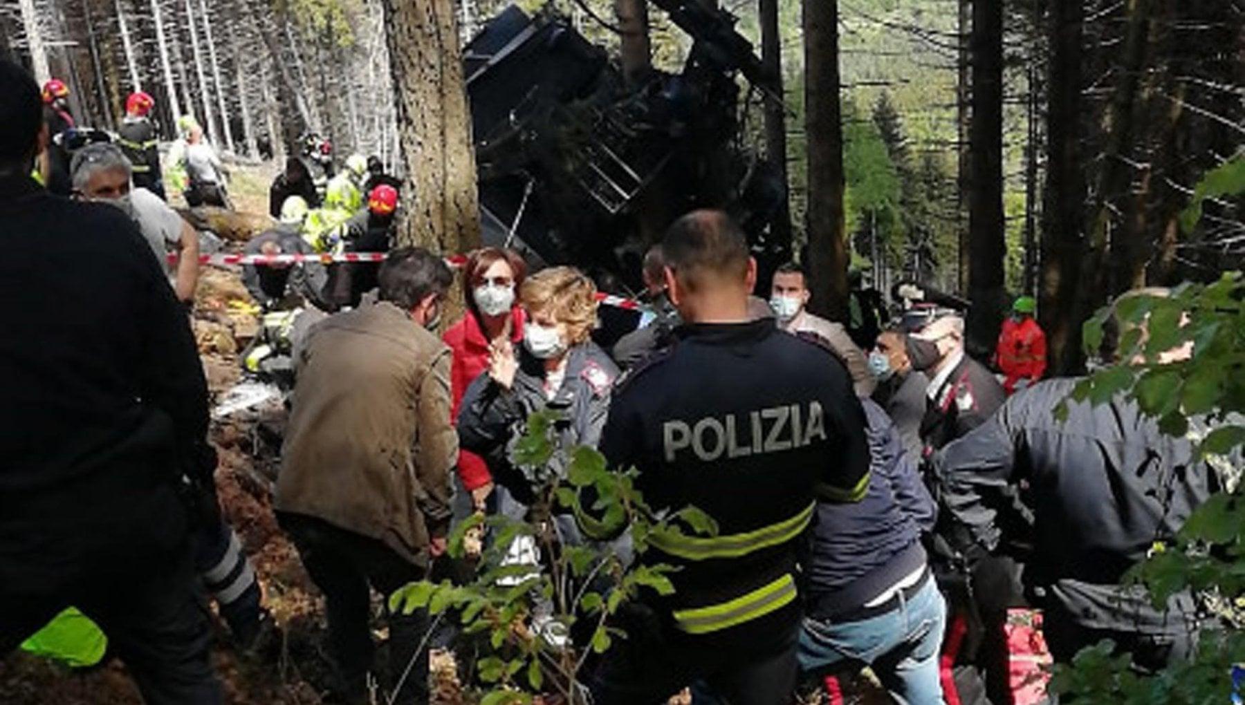 """225924678 1b746247 0177 413a b3da 94f8633d2e69 - I volontari sul luogo della tragedia del Lago Maggiore: """"La corsa per salvarli ma in mezzo al bosco contavamo i morti"""""""