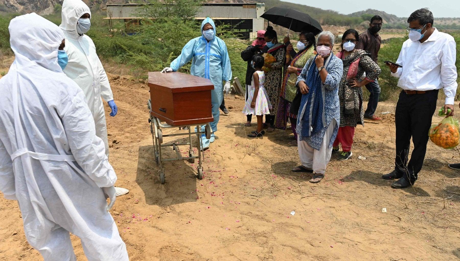 062652691 cba886fd c809 4795 81e2 6e625bed186c - Coronavirus nel mondo, l'India supera le 300mila vittime