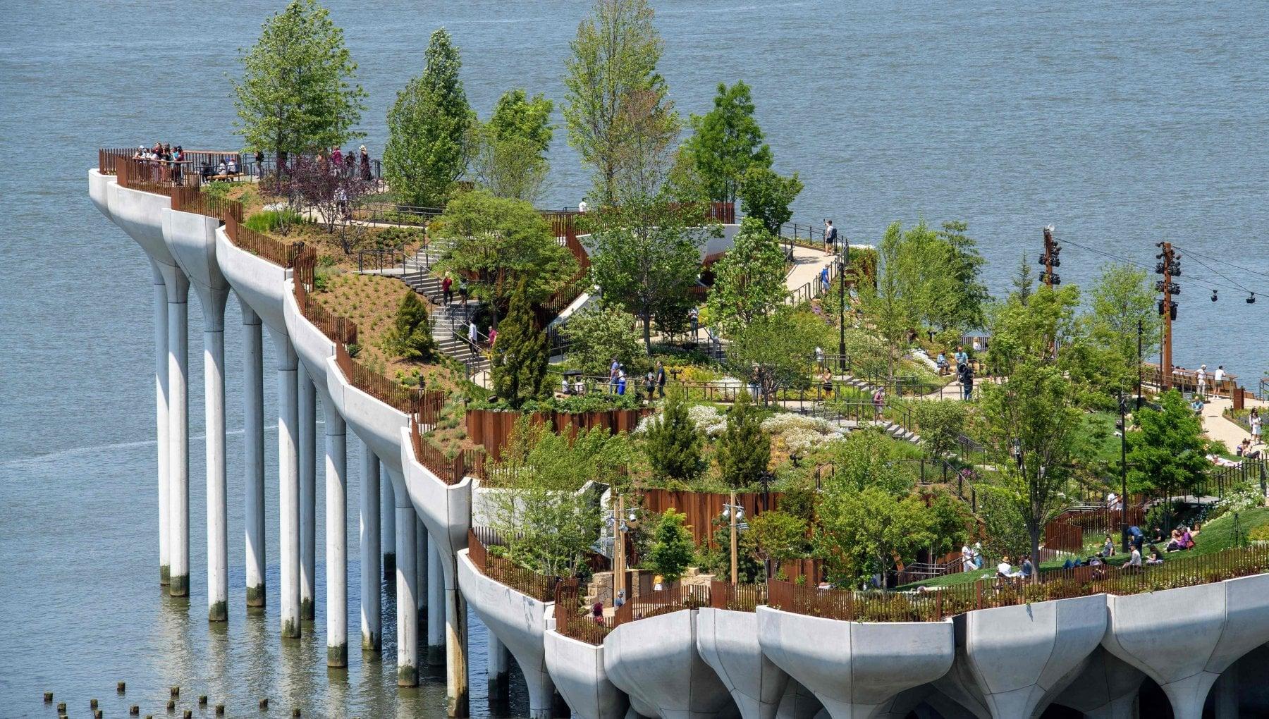 182253005 2fd35e04 2a63 445d a4f3 f91ed350c621 - New York, inaugurata la nuova isola artificiale: è un giardino pensile sulle acque dell'Hudson