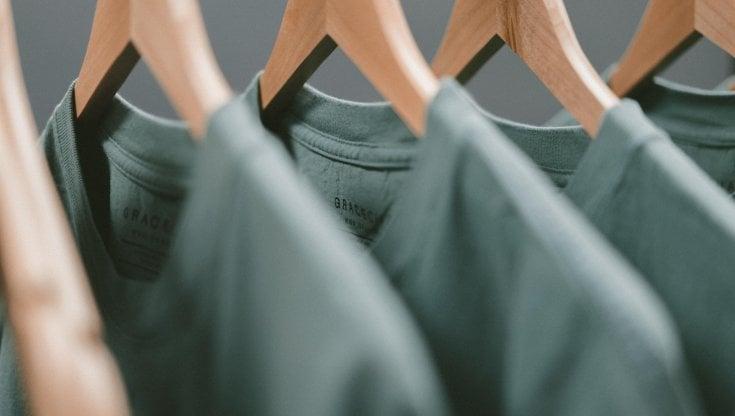 La t-shirt che assorbirà la CO2